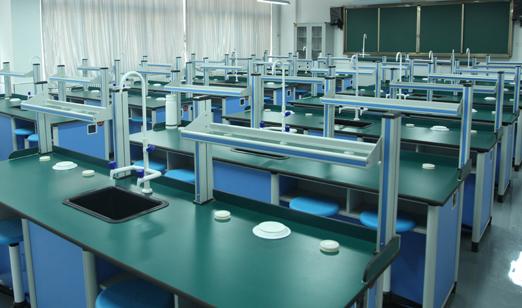 普校生物实验室