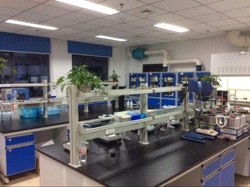 大学实验室03