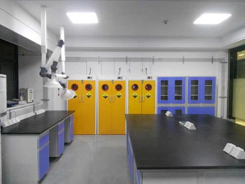 大学气路实验室